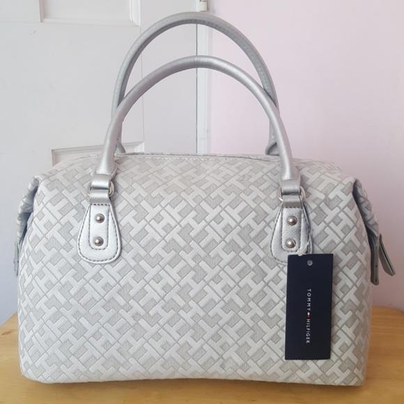 tommy hilfiger purse ladies